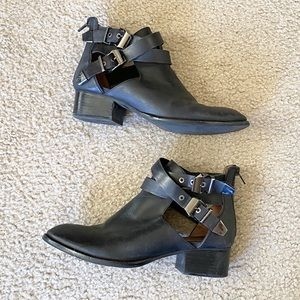Jeffrey Campbell Everly Black Ankle Boots